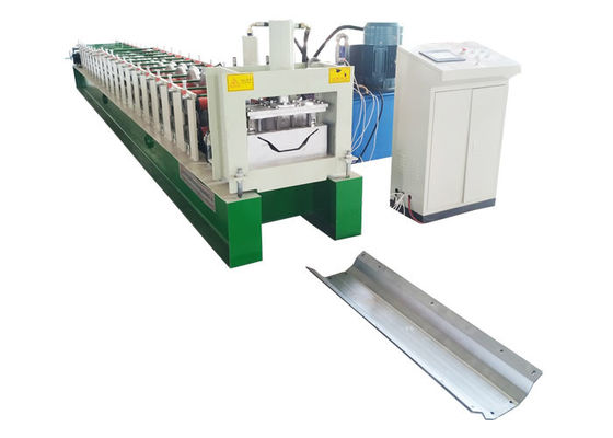 China Hydraulic Rain Gutter Roll Forming Machine / Round Downspout Machine Input Width 300mm supplier