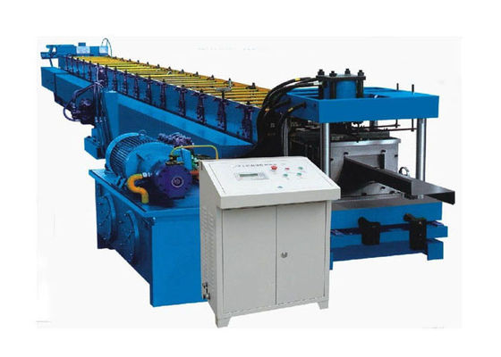China Interchanged Section Z Purlin Making Machine , Cold Roll Forming Equipment Length Accurately distributor