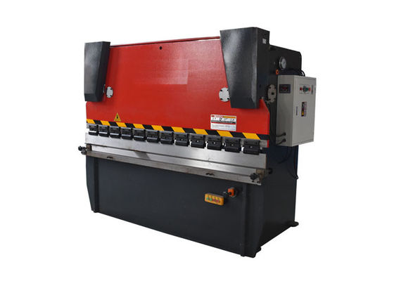 China Cold Formed Rolling Metal Bending Machine / Metal Folding Machine For Roof Panels distributor