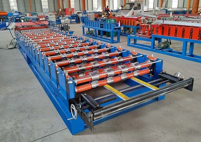 Trapezoid Roof Iron Sheet Making Machine Coil Inside Diameter 450-550mm Forming Steps 13