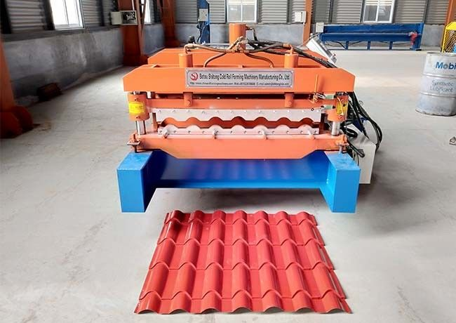 Waterproof Glazed Tile Roll Forming Machine Middle Plate 16mm Weight 3.5-6 Ton