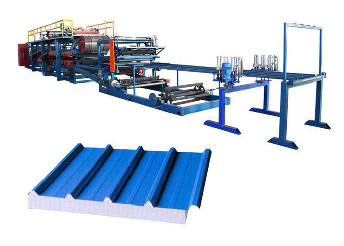 Roof / Wall Sandwich Panel Forming Machine Customized Length Speed 8-10 M/Min